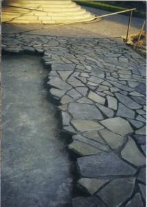 Pavaj-trotuar-din-piatra-naturala